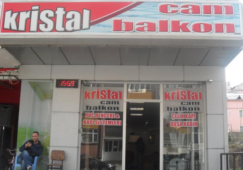 Kristal Cam Balkon