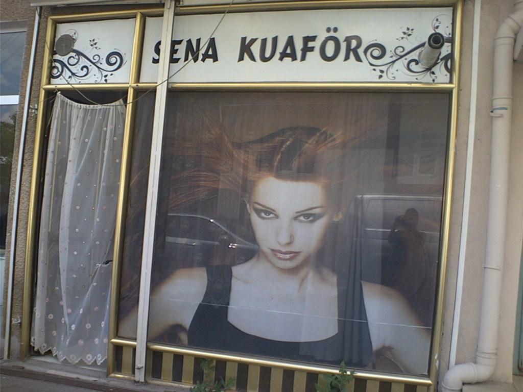 Sena Bayan Kuaförü